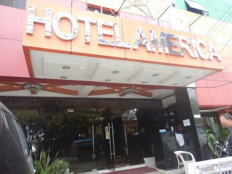 アンヘレスホテルアメリカ Hotel America (1)
