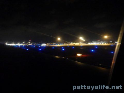 エアアジアドンムアン空港から関空 (4)