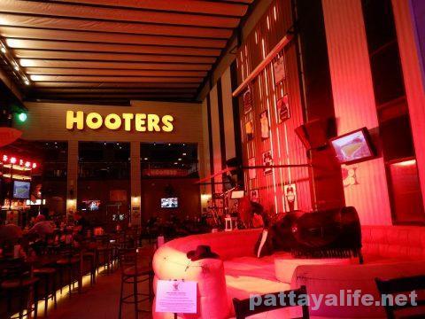 フーターズパタヤ Hootres Pattaya (8)