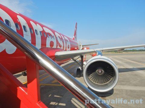ウタパオ空港からチェンマイ空港行きエアアジア (10)