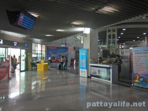 U-TAPAO AIRPORT LIMOUSINE ウタパオ空港リムジンミニバン (4)