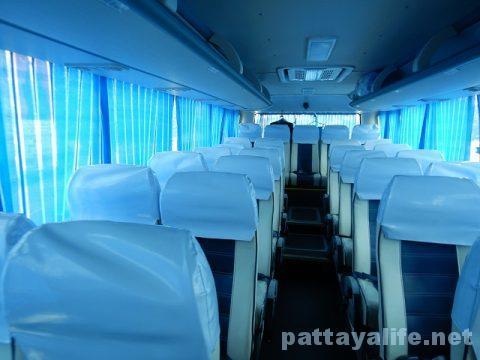 P2PバスでアンヘレスSMクラークからマニラ空港へ (4)