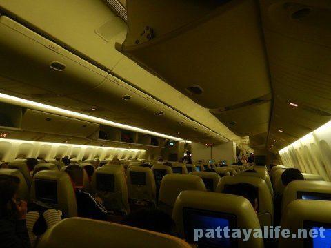 マニラからバンコクへTG625便 (5)