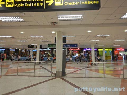 ウタパオ空港からチェンマイ空港行きエアアジア (14)
