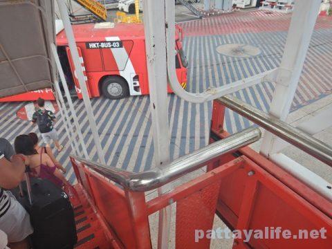 チェンマイ空港からプーケット空港エアアジア搭乗 (21)