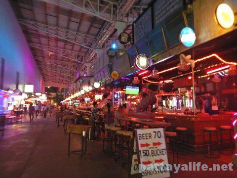 プーケット初日 (40)夜のバングラ通り