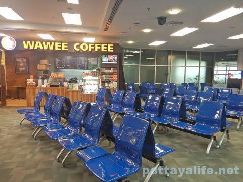 チェンマイ空港からプーケット空港エアアジア搭乗 (11)