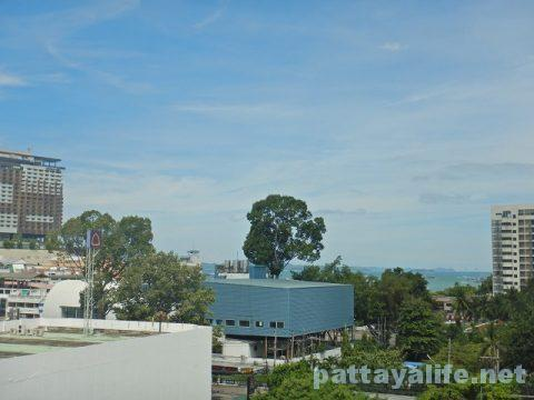 エイプリルスイーツ April Suites Hotel Pattaya (29)