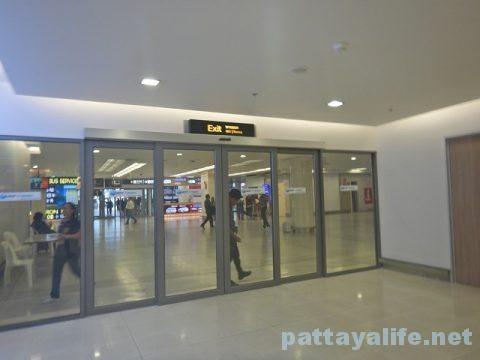 チェンマイ空港からプーケット空港エアアジア搭乗 (24)