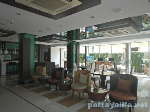エイプリルスイーツ April Suites Hotel Pattaya (36)