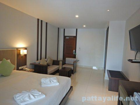 エイプリルスイーツ April Suites Hotel Pattaya (4)