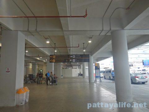 プーケット空港からパトンビーチへミニバス移動 (5)