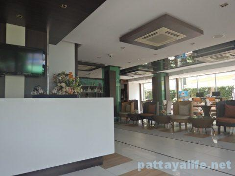 エイプリルスイーツ April Suites Hotel Pattaya (35)