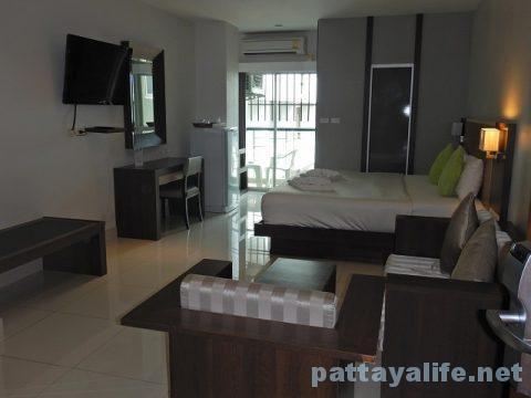 エイプリルスイーツ April Suites Hotel Pattaya (2)