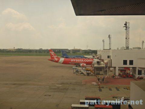 ドンムアン空港からビエンチャンワッタイ空港エアアジア (5)