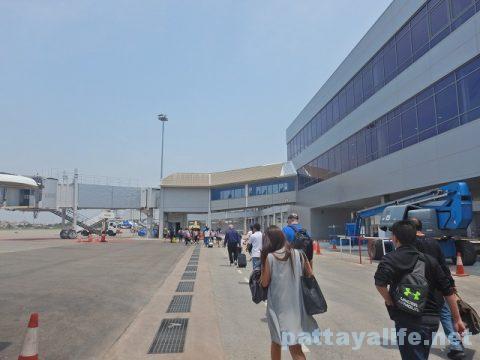 ドンムアン空港からビエンチャンワッタイ空港エアアジア (11)