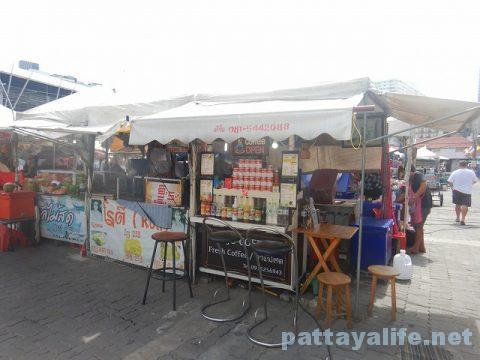ブッカオ常設市場コーヒー屋台 (1)