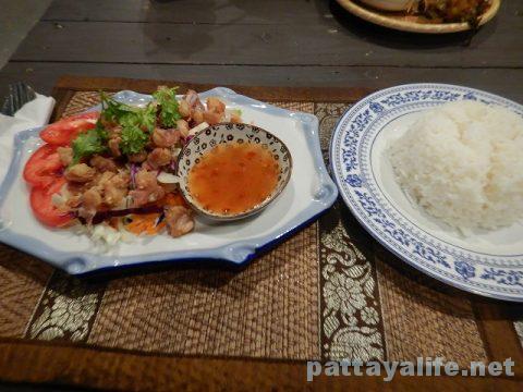 TREE TOWNのチェンマイ料理レストランKASALOING (4)