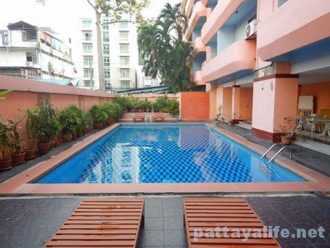 クイーンパタヤホテル Queen Pattaya Hotel (32)