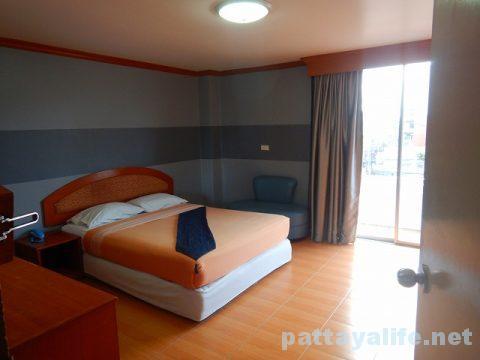 クイーンパタヤホテル Queen Pattaya Hotel (11)