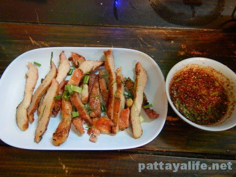 イサーン料理とチムチュムのセーブジャン (21)