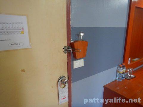 クイーンパタヤホテル Queen Pattaya Hotel (10)