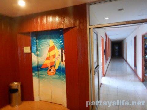 クイーンパタヤホテル Queen Pattaya Hotel (7)
