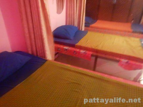 ソイチャイヤプーンマッサージ屋ベッド
