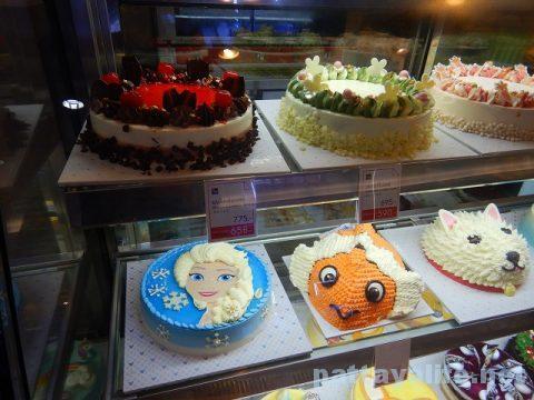 ビッグCエクストラ内のケーキ (7)