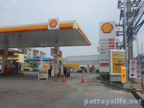 パタヤのガソリンスタンド (5)
