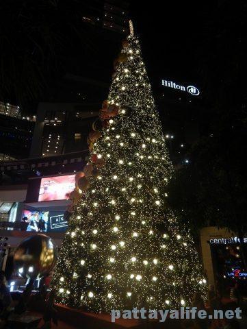 パタヤのクリスマスツリー (2)