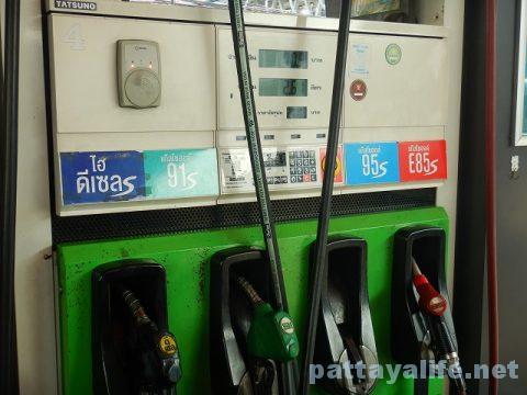 パタヤのガソリンスタンド (8)