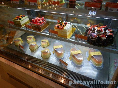 セントラルマリーナのBread Talkケーキ (2)