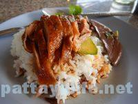 パタヤタイの鴨肉屋カオナーペットとクイティアオペット (2)