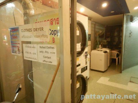 ソイブッカオの乾燥機付きコインランドリー (2)