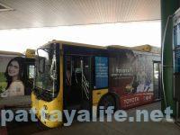 ドンムアン空港からスワンナプーム経由でパタヤへバス (3)
