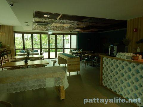ディープロムパタヤホテル (DeeProm Pattaya Hotel) (3)