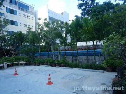 ディープロムパタヤホテル (DeeProm Pattaya Hotel) (27)