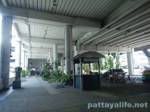 ドンムアン空港喫煙所 (7)