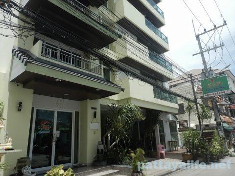 テープアパートメント Thep Apartment (1)