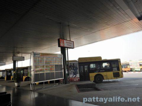 スワンナプーム空港トランスポーテーションセンターバスターミナル (1)
