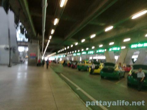 スワンナプーム空港パタヤ行きエアポートバス (5)