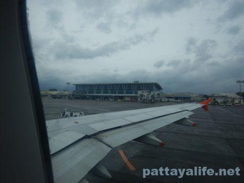アンヘレスクラーク空港から関空へジェットスター (25)
