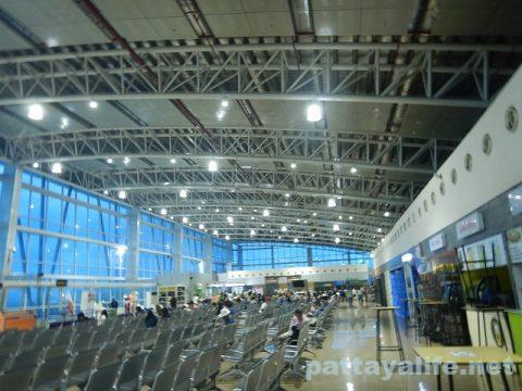 アンヘレスクラーク空港から関空へジェットスター (13)