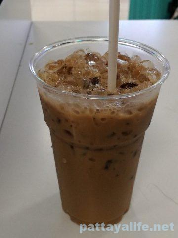 ドンムアン空港フードコートアイスコーヒー