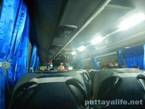 スワンナプーム空港パタヤ行きエアポートバス (3)