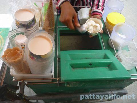 タイアイスクリーム屋台 (4)