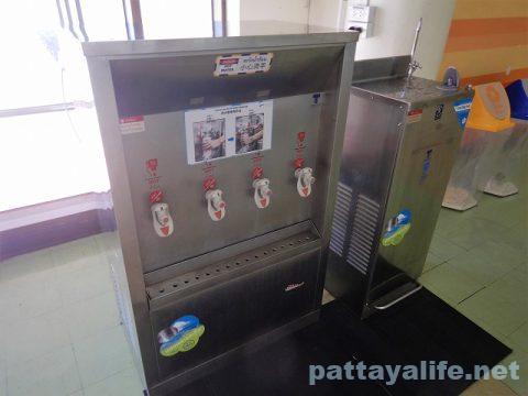 ドンムアン空港給水器