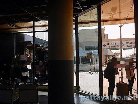 ドンムアン空港喫煙禁煙 (3)