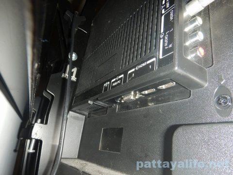 mini HDMI to HDMI ケーブルでPCとテレビを接続 (3)